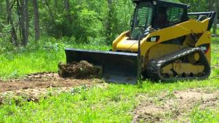 getlinkyoutube.com-Quick Attach 6 Way Dozer Balde Attachment for Skid Steer Loader!