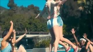 getlinkyoutube.com-Bitchin' Summer Avril Lavigne official music video