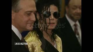 getlinkyoutube.com-Michael Jackson meets Prince Charles 1992