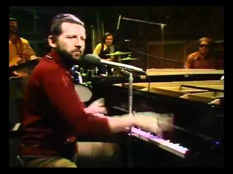 Jerry Lee Lewis - Chantilly Lace & Whole Lotta Shakin' Old Grey Whistle Test 1972