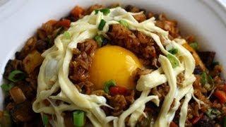 getlinkyoutube.com-Fried Rice (Bokkeumbap: 볶음밥)