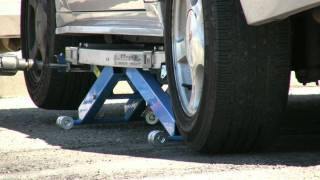 getlinkyoutube.com-EZcarlift -- Model SU - mobile mechanics' lift