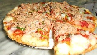 getlinkyoutube.com-Pizza fait maison - طريقة سهلة لتحضير البيتزا