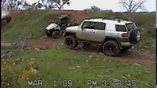 getlinkyoutube.com-FJ Cruiser  extreme damage epic fail