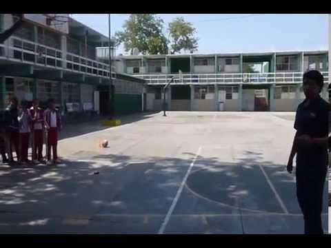 CLASE DE EDUCACION FISICA EN SECUNDARIA, 2do GRADO ''C''