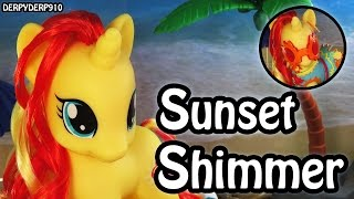 getlinkyoutube.com-MLP Fashion Style Sunset Shimmer – Cutie Mark Magic: My Little Pony Toy Review/Parody/Spoof