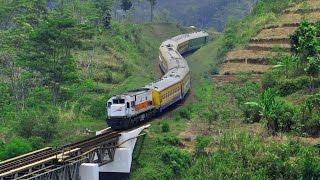 getlinkyoutube.com-Kereta Api Serayu Pagi Melewati Jembatan Legok Garing