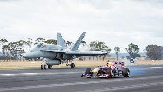 getlinkyoutube.com-F1 Car vs F/A-18 Hornet (Red Bull's Daniel Ricciardo Feels The Force)