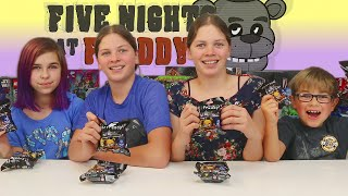 getlinkyoutube.com-Five Nights At Freddys Surprise Blind Bags | EPIC FNAF TOYS with RadioJH Audrey & Friends