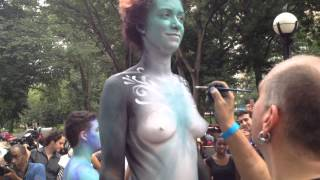 getlinkyoutube.com-Body Painting Day at Times Square 2014