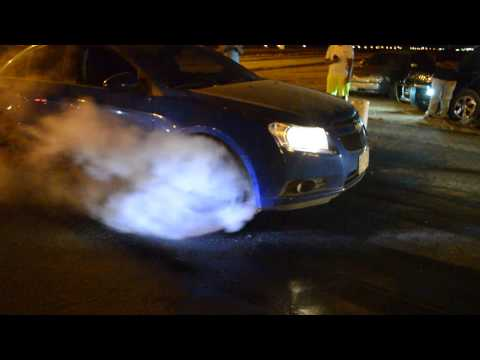 blue chevy cruze burnout _ برن اوت كروز