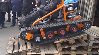getlinkyoutube.com-Home made tracked vehicle show driving.