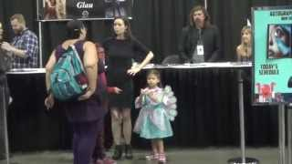 Summer Glau and her fans at Comikaze 2015