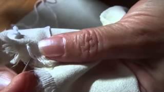 getlinkyoutube.com-deshilado de servilletas con hilaza de algodon [[Aprendamos Juntas]]