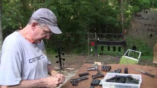 getlinkyoutube.com-Glock vs 1911