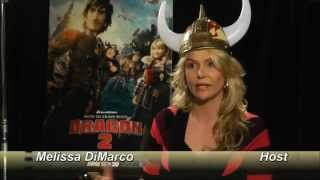 getlinkyoutube.com-Jay Baruchel and America Ferera - How To Train Your Dragon 2 - Out There Update