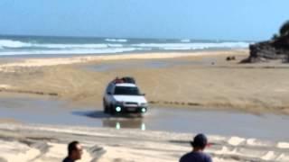 getlinkyoutube.com-Subaru forester on the sand