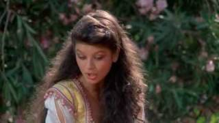 getlinkyoutube.com-Catherine Zeta Jones 1001 Arabian Nights