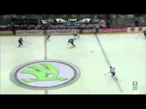Finland Defense Up on Rush, 2nd Wave Attack IIHF WC 2012.mp4
