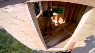 getlinkyoutube.com-Students build tiny houses for homeless. Sawhorse Revolution