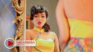 getlinkyoutube.com-Siti Badriah - Jakarta Hongkong - Official Music Video - NAGASWARA