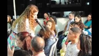 getlinkyoutube.com-Missionaria Leandra Nascimento -Ministrando # no culto Celebrai In Rocinha