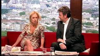 Mariella Frostrup jiggles her breasts (Andrew Marr Show, 13.6.10)