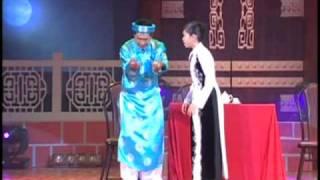 getlinkyoutube.com-Hoai Linh liveshow - Co Bac 1/3