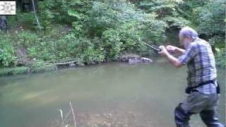 getlinkyoutube.com-Bass & Bream Love Uncle Steve Flies