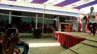 getlinkyoutube.com-সুজন খান মডেল হাই স্কুলে অসাদারন একটি নাচ।