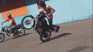getlinkyoutube.com-Quarta Verde Wheeling Freestyle Manobras De Motos Autodromo De Campo Grande MS