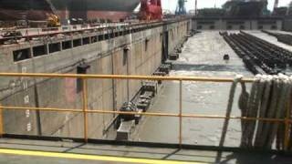 getlinkyoutube.com-M2U01599五九九台船門形吊車船塢大塢門