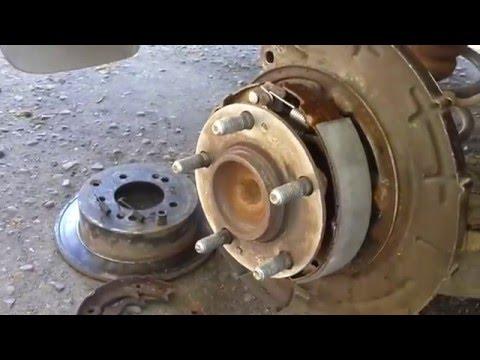 Киа Церато. Замена тормозных дисков и колодок