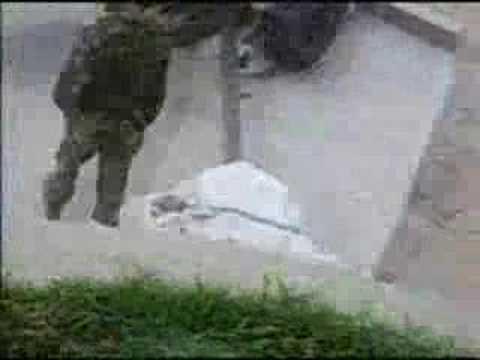Howitzer gun accident