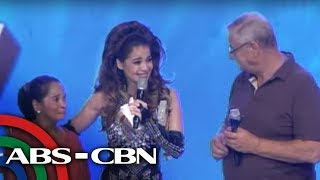 getlinkyoutube.com-Anne Curtis moved to tears as mom, dad reunite