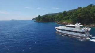 "getlinkyoutube.com-Luxurious 75ft Freizer Expedition Power Catamaran For Sale - ""Sher Khan"""