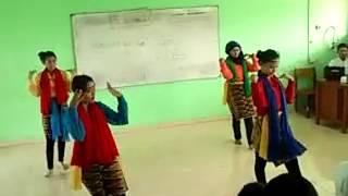 getlinkyoutube.com-Praktek Tari Tradisional - Sirih Kuning