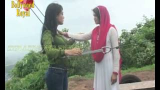 getlinkyoutube.com-On location of TV Serial 'Qubool Hai'  Tanveer pushes Zoya off the cliff to kill her Part-3