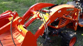 Kubota bucket grapple
