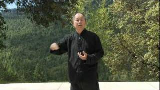 getlinkyoutube.com-Yang Tai Chi for Beginners 11-minute Clip (YMAA ) Dr. Yang, Jwing-Ming