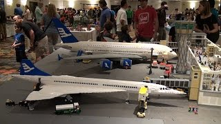 getlinkyoutube.com-Giant LEGO Boeing airplanes – Brickfete Toronto 2015