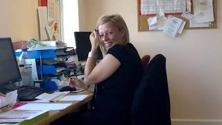 getlinkyoutube.com-Essex Girl Farts in the Office