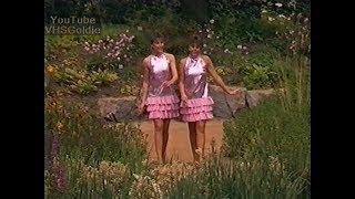 getlinkyoutube.com-Gitti & Erika - Medley - 1987