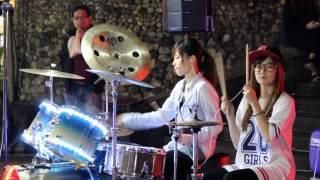 getlinkyoutube.com-2014 03 23 爵士鼓 陳曼青 + 羅小白 - Moves like jagger