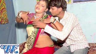 getlinkyoutube.com-Hota Pareshani हमरा भीतरी मशीन में - 56 Ke Chhati 26 Ke Kamariya- Bhojpuri Hot Songs 2015 HD