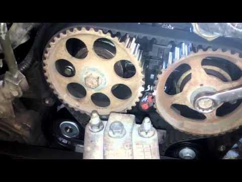 Chevrolet Lacetti Проверка меток ГРМ через ВМТ поршня.