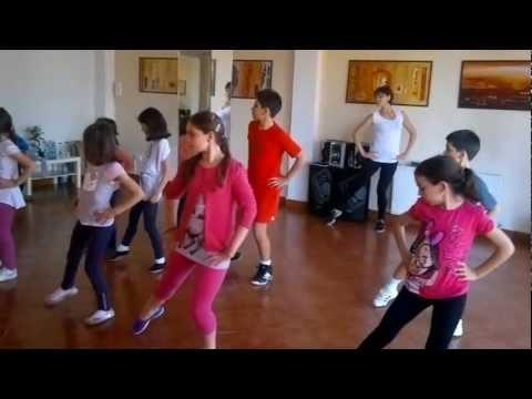 Dansuri. Dansuri copii & parinti. Cursuri dans copii 4-14 ani TANGO