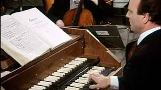getlinkyoutube.com-Bach-Richter-Brandenburg Concerto No.3 (HD)