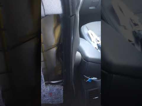 Ремонт подлокотника в автомобиле
