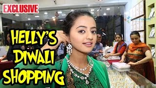 """getlinkyoutube.com-Helly Shah does the """"Dhanteras"""" shopping with India-Forums"""